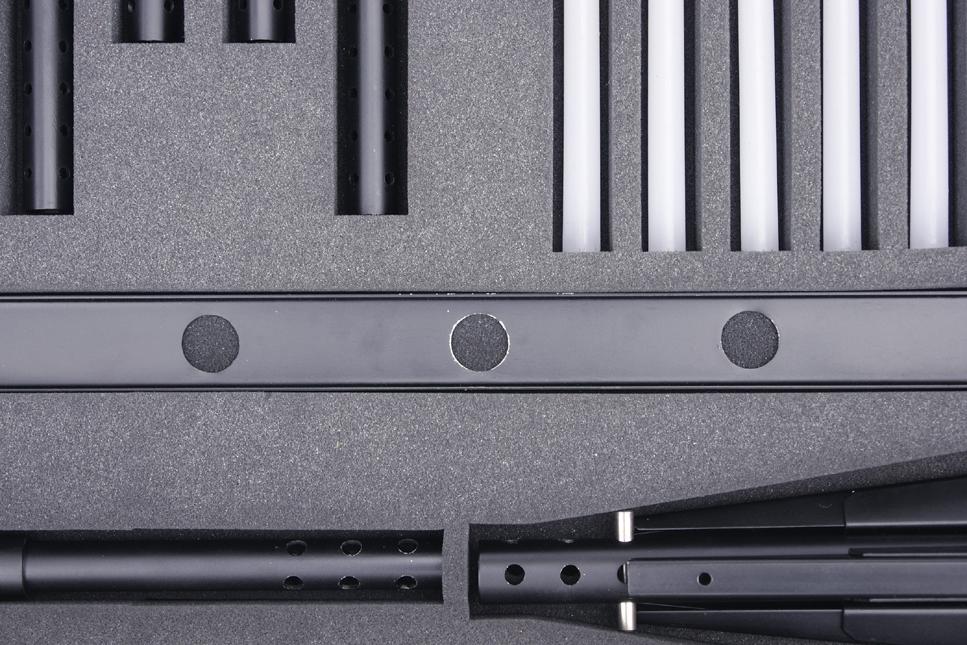 Chandelier démonté reprenant l'esthétique d'une arme de tir de précision